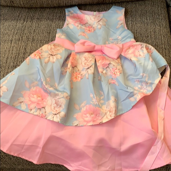 No Boundaries Other - Dre's for princess girl size 5/6 (130cm)